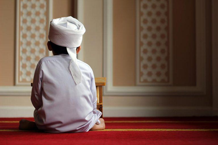 [COC Ramadhan] Tips Supaya Ibadah Sholat Lebih Khusyu