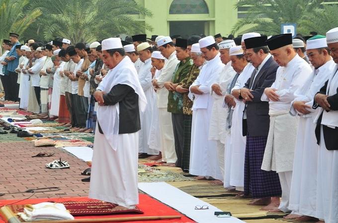 Niat Sholat Idul Adha, Bacaan dan Tata Cara Lengkap