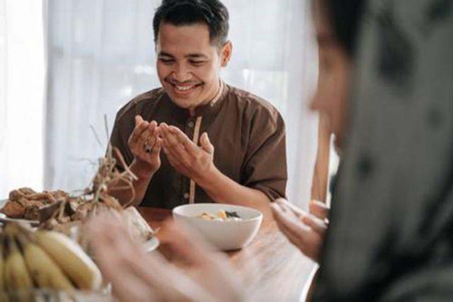 ber doa sebelum makan